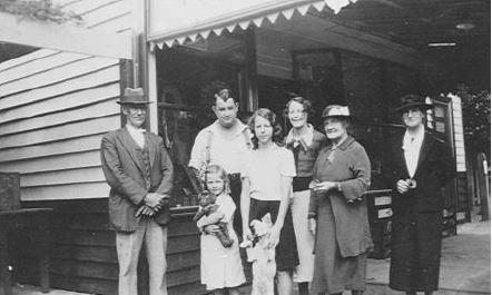 Passmore Henry and relatives.jpg
